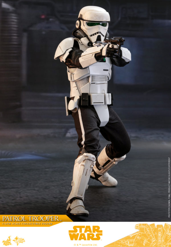 Hot-Toys-Solo-A-Star-Wars-Story-Patrol-Trooper-collectible-figure-2-600x867