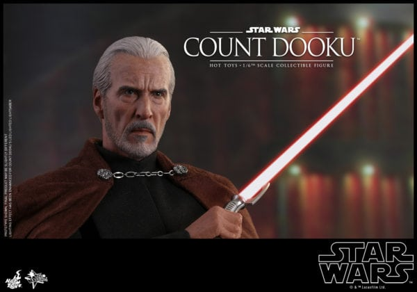 Hot-Toys-Star-Wars-Episode-II-Attack-of-the-Clones-Count-Dooku-Collectible-Figure-1-600x420