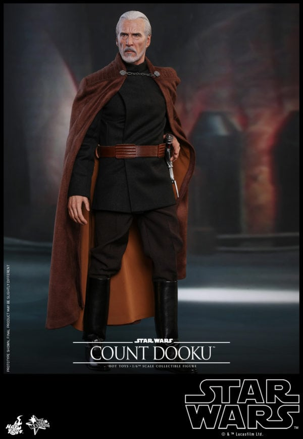 Hot-Toys-Star-Wars-Episode-II-Attack-of-the-Clones-Count-Dooku-Collectible-Figure-3-600x867
