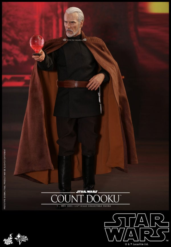 Hot-Toys-Star-Wars-Episode-II-Attack-of-the-Clones-Count-Dooku-Collectible-Figure-4-600x867