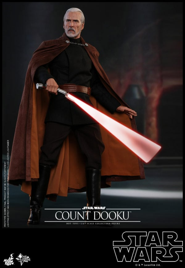 Hot-Toys-Star-Wars-Episode-II-Attack-of-the-Clones-Count-Dooku-Collectible-Figure-5-600x867