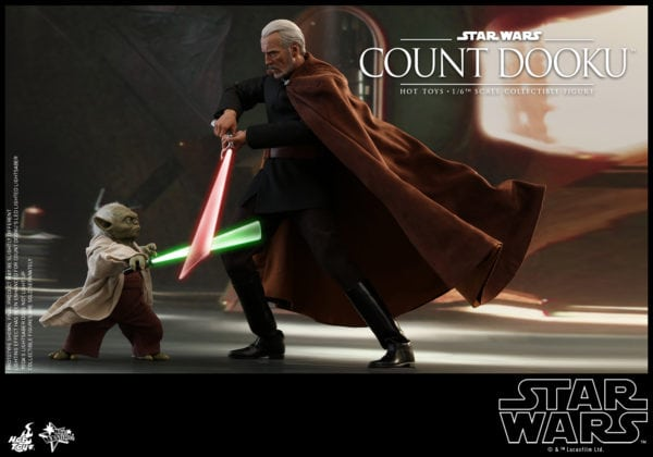 Hot-Toys-Star-Wars-Episode-II-Attack-of-the-Clones-Count-Dooku-Collectible-Figure-6-600x420