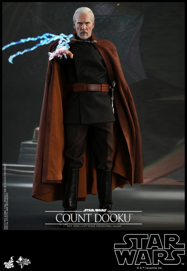 Hot-Toys-Star-Wars-Episode-II-Attack-of-the-Clones-Count-Dooku-Collectible-Figure-7-600x867