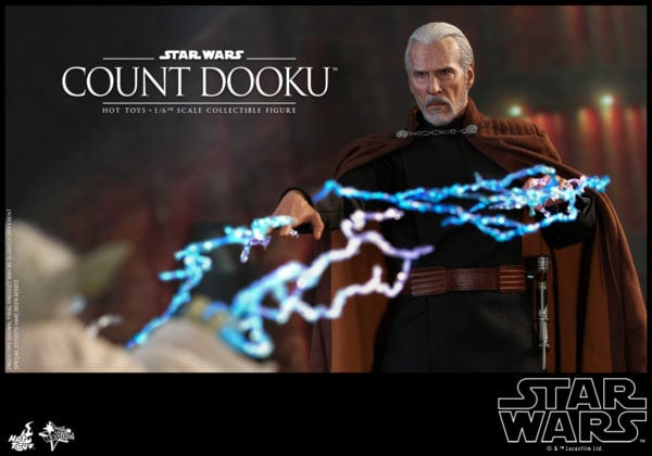 Hot-Toys-Star-Wars-Episode-II-Attack-of-the-Clones-Count-Dooku-Collectible-Figure-8-600x420