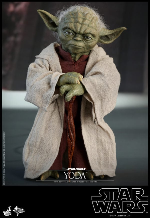 Hot-Toys-Star-Wars-Episode-II-Attack-of-the-Clones-Yoda-Collectible-Figure-9-600x867