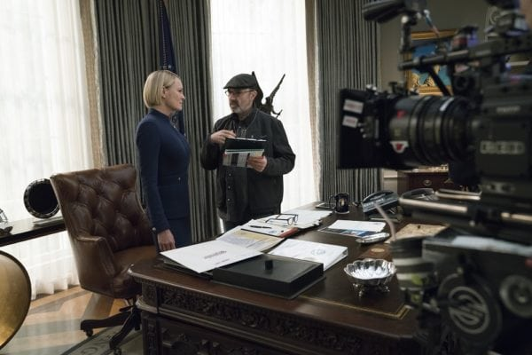 House-of-Cards-s6-first-look-1-600x400