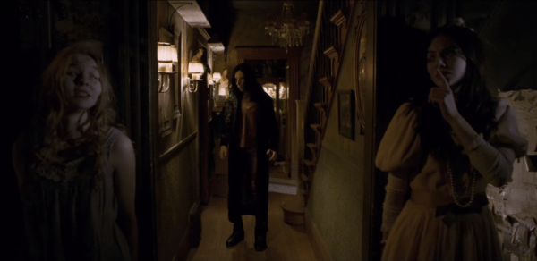 Incident-in-a-Ghostland-trailer-screenshot-2-600x292