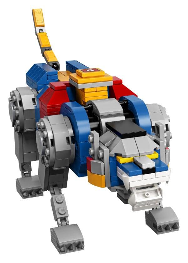 LEGO-Ideas-Voltron-11-600x839