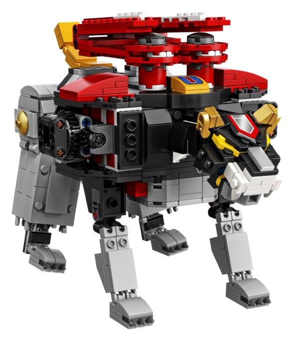 LEGO-Ideas-Voltron-13-600x685