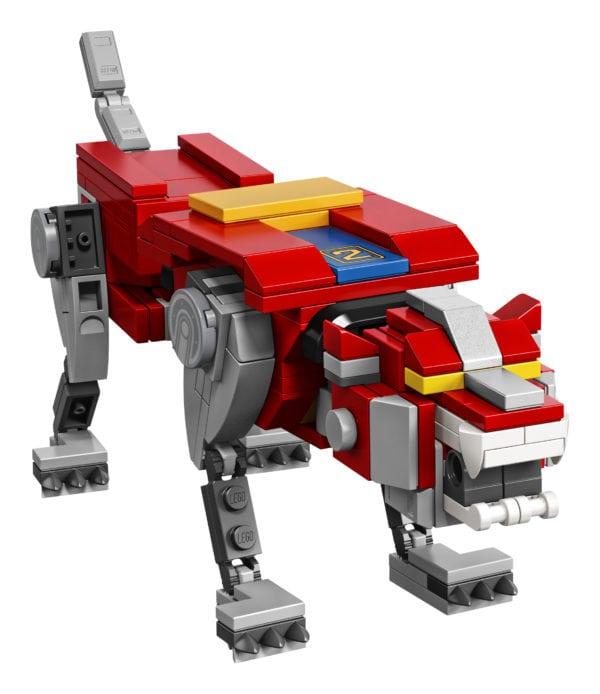 LEGO-Ideas-Voltron-9-600x694