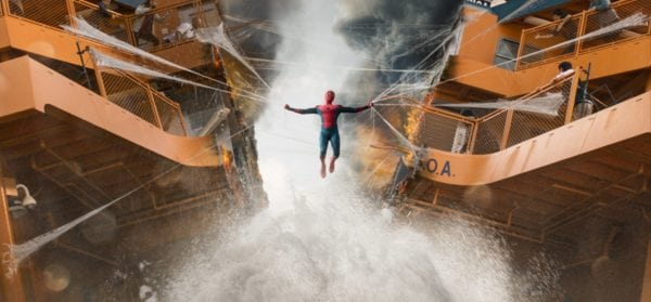 spiderman-homecoming-boat-fight-scene-nh-600x279