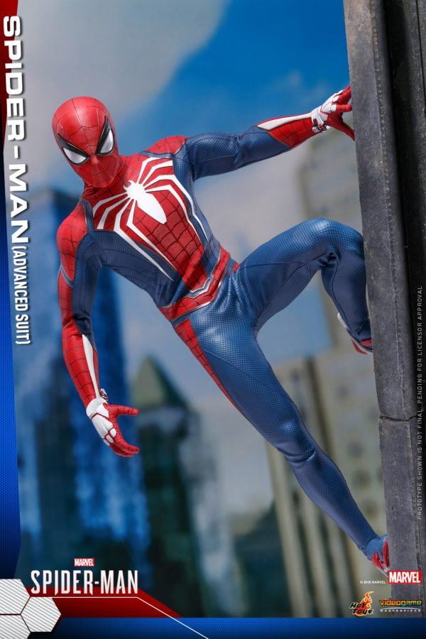 Hot-Toys-Marvel-Spider-Man-Spider-Man-Advanced-Suit-collectible-figure-5-600x900