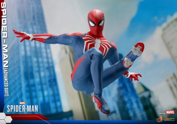 Hot-Toys-Marvel-Spider-Man-Spider-Man-Advanced-Suit-collectible-figure-8-600x422