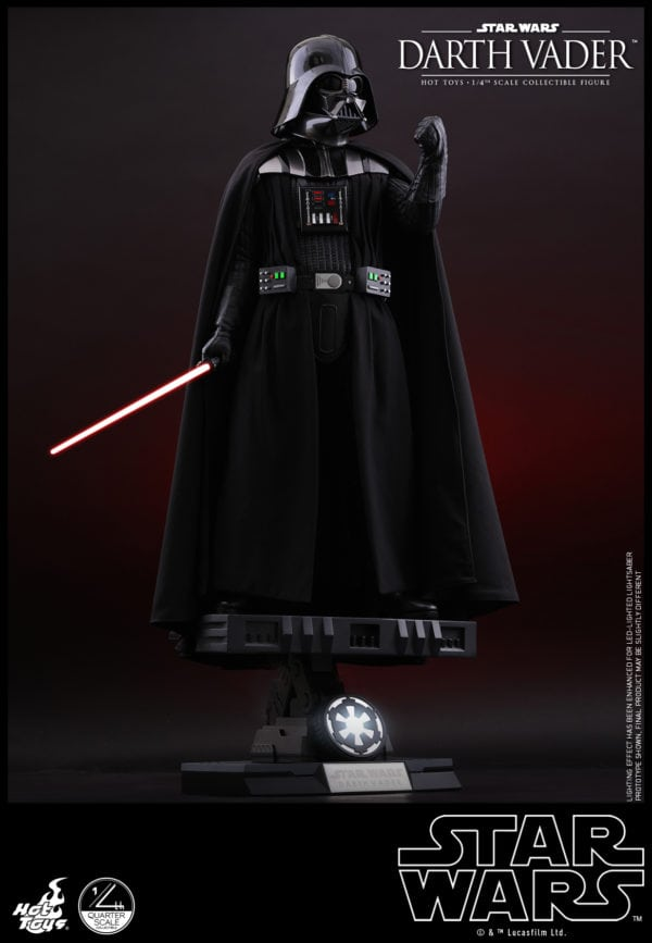 Hot-Toys-Star-Wars-1-4-Darth-Vader-collectible-figure-2-600x867