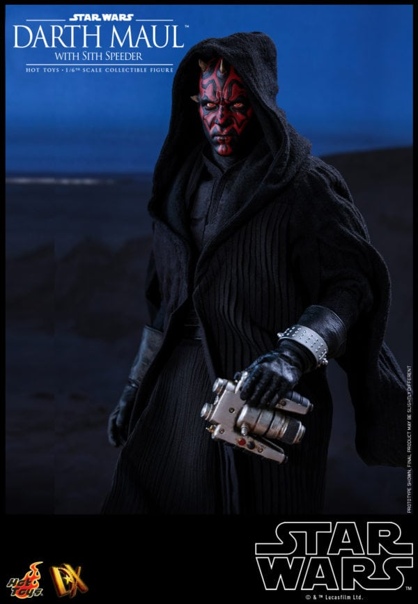Hot-Toys-Star-Wars-Darth-Maul-with-Sith-Speeder-collectible-figure-1-600x867