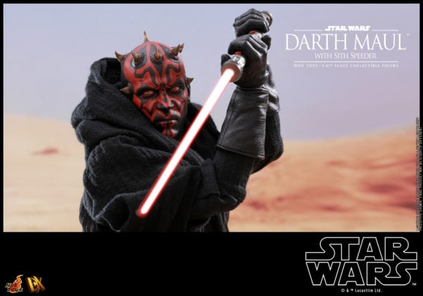 Hot-Toys-Star-Wars-Darth-Maul-with-Sith-Speeder-collectible-figure-10-600x420