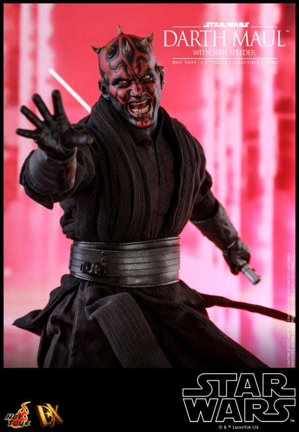 Hot-Toys-Star-Wars-Darth-Maul-with-Sith-Speeder-collectible-figure-12-600x867