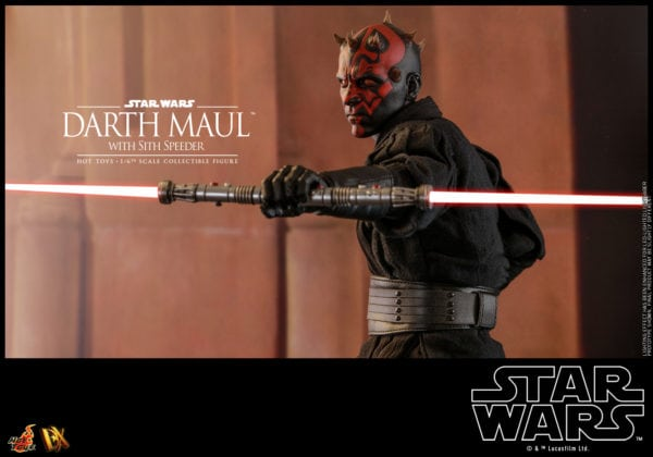 Hot-Toys-Star-Wars-Darth-Maul-with-Sith-Speeder-collectible-figure-15-600x420