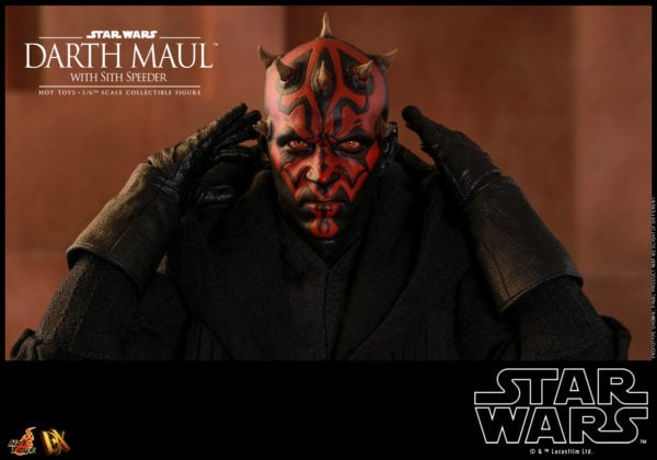 Hot-Toys-Star-Wars-Darth-Maul-with-Sith-Speeder-collectible-figure-16-600x420