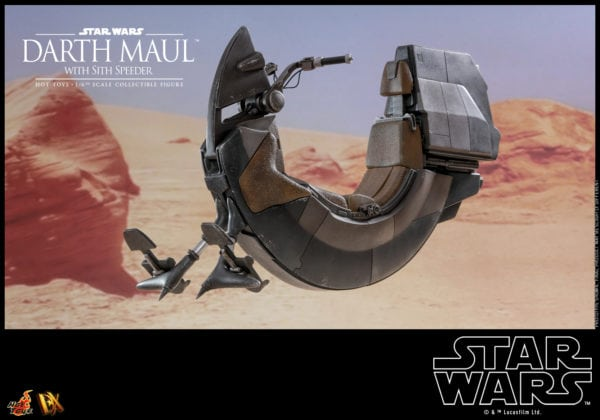 Hot-Toys-Star-Wars-Darth-Maul-with-Sith-Speeder-collectible-figure-6-600x420