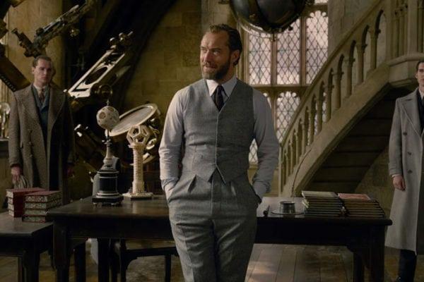 fantastic-beasts-dumbledore-jude-law-600x400