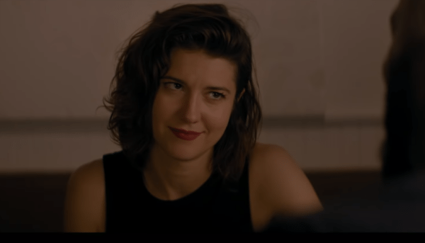 All-About-Nina-screenshot-Mary-Elizabeth-Winstead-600x343