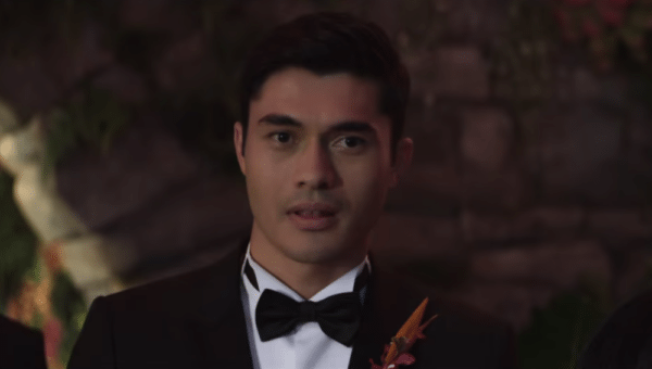 Henry-Golding-Crazy-Rich-Asians-trailer-screenshot-600x340