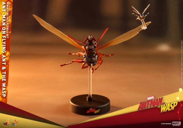 Hot-Toys-Ant-Man-2-Ant-Man-on-Flying-Ant-the-Wasp-miniature-collectible-set-1-600x422