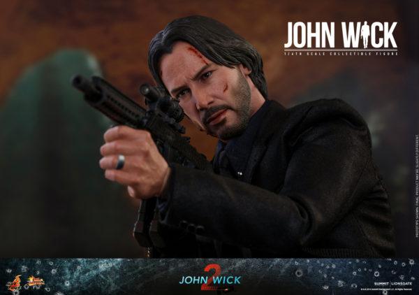 Hot-Toys-John-Wick-2-John-Wick-collectible-figure-6-600x422