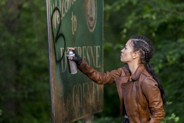 The-Walking-Dead-s9-images-5-600x400