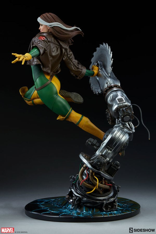 marvel-rogue-maquette-sideshow-feature-10-600x900