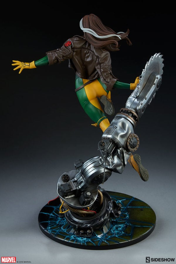 marvel-rogue-maquette-sideshow-feature-11-600x900