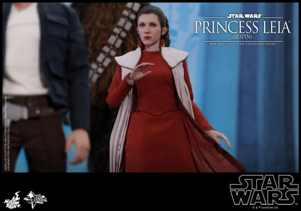 Hot-Toys-Star-Wars-Princess-Leia-Bespin-Collectible-Figure-6-600x420