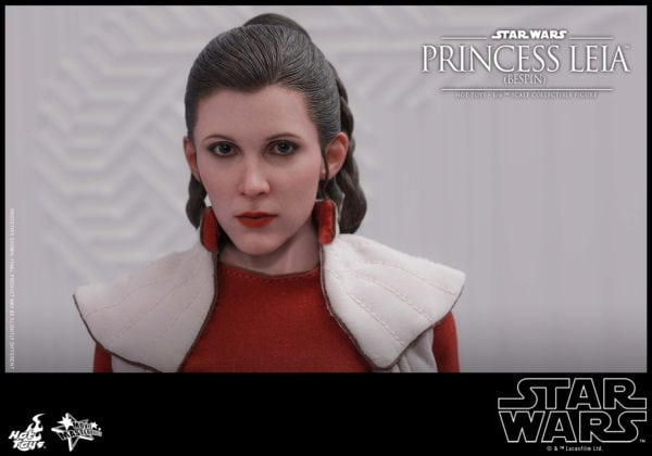 Hot-Toys-Star-Wars-Princess-Leia-Bespin-Collectible-Figure-7-600x420