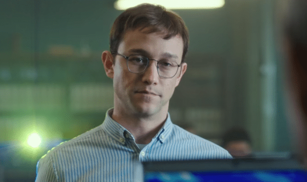 Joseph-Gordon-Levitt-Snowden-screenshot-600x357