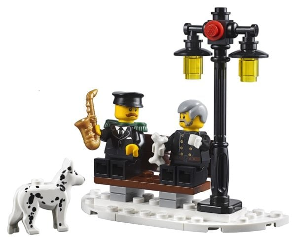 LEGO-Creator-Winter-Village-Fire-Station-13-600x490