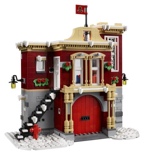 LEGO-Creator-Winter-Village-Fire-Station-3-600x647