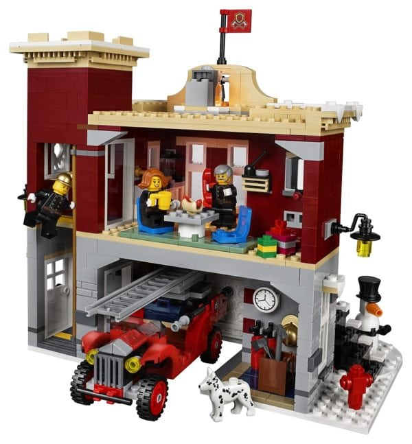 LEGO-Creator-Winter-Village-Fire-Station-4-600x647