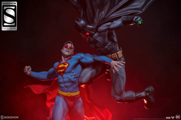dc-comics-batman-vs-superman-diorama-sideshow-1-600x400