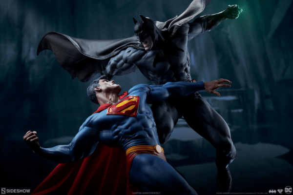 dc-comics-batman-vs-superman-diorama-sideshow-4-600x400