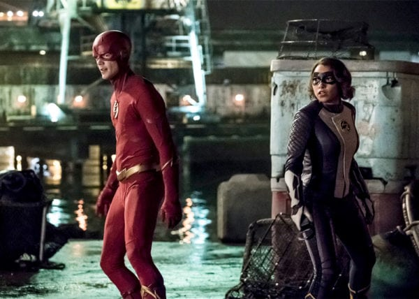 the-flash-s5-Barry-and-Nora-600x428