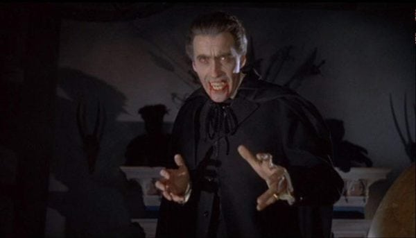 Christopher-Lee-Dracula-600x343