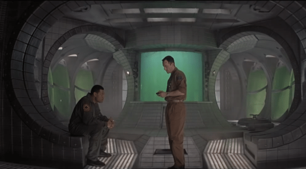 Fishburne-Isaacs-Event-Horizon-screenshot-600x333