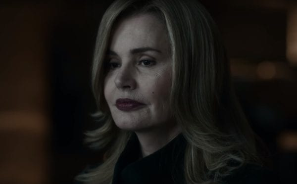 Geena-Davis-The-Exorcist-clip-screenshot-600x372