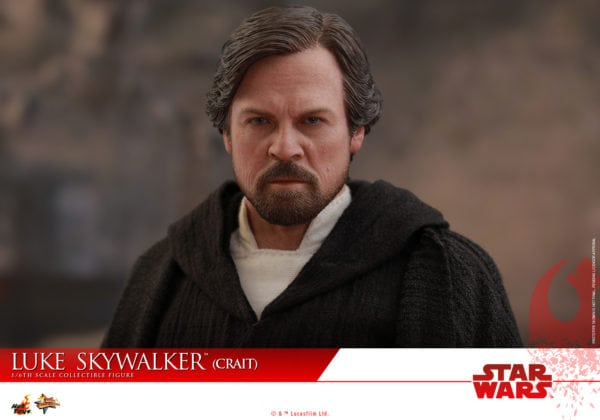 Hot-Toys-SWTLJ-Luke-Skywalker-Crait-collectible-figure-10-600x420