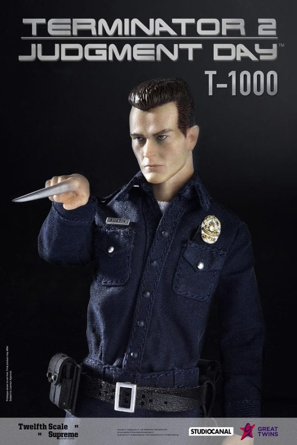 T-1000-collectible-figure-4-600x900