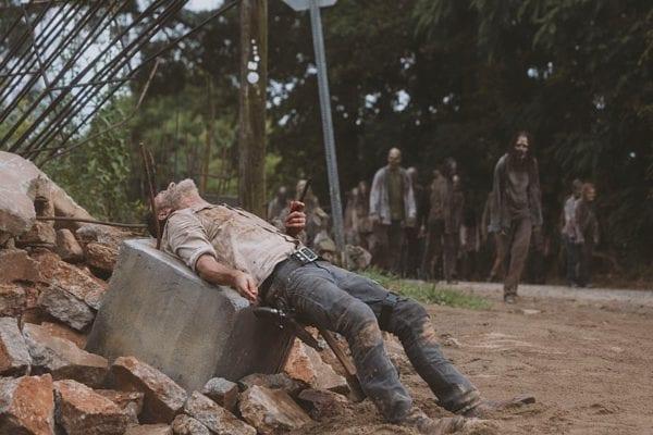 The-Walking-Dead-905-8-600x400