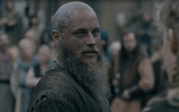Travis-Fimmel-Vikings-screenshot-600x375