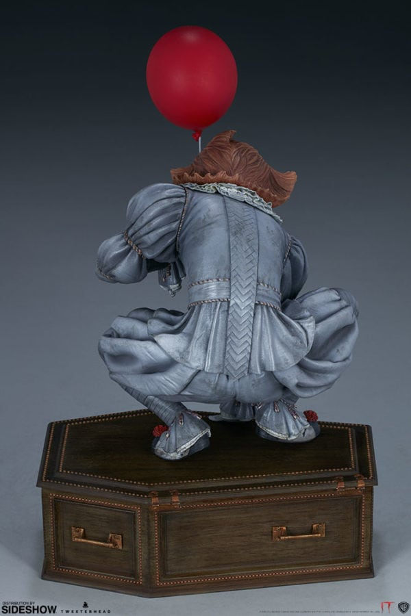 it-pennywise-maquette-5-600x900