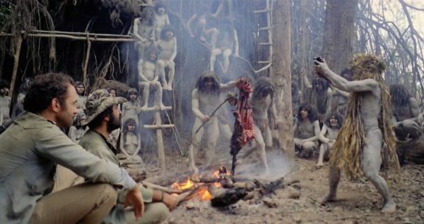 Cannibal-Holocaust-fire-600x318